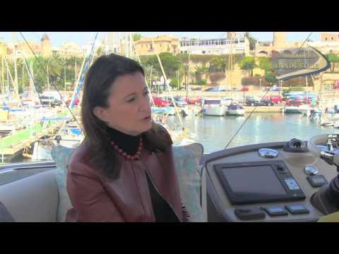 Monte Carlo MC5 - un vrai yacht à fly.. de moins de 20 mètres !