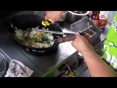 Best Damn Thai cooking of Fried Rice ever!!