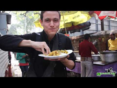 Street Food In India - Bengali Fish Curry And Rice On Camac Street, Kolkata, India!