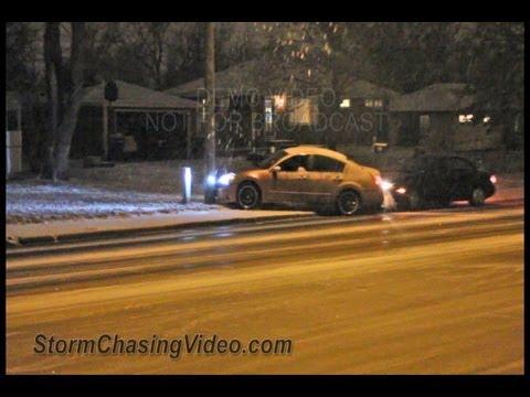 12/7/2012 Bloomington, MN Slick Roads and drivers crashing on camera