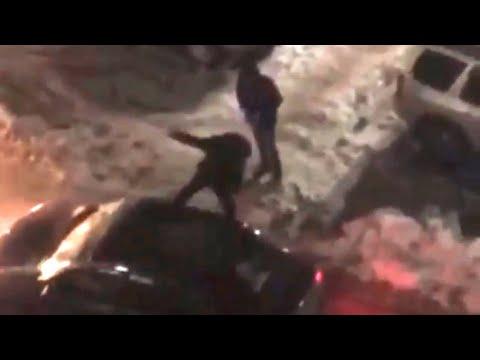 Хулиганы напали на владельца иномарки. Сургут.