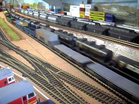 My Model Trains – 3×44's on Freight