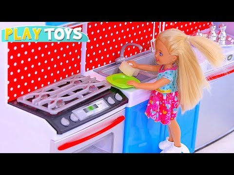 Play Barbie Baby and Chelsea Baby Doll House Cleaning Toys: Vacuum Cleaner, Kitchen Toys for Girls!