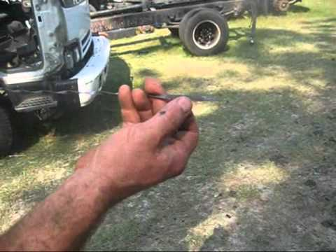 How to Check the Transmission Fluid in a Mitsubishi Fuso Mid-Range Imported  Truck