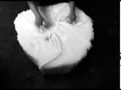 """""""Pasional"""" Andrea Moccio, video expuesto en la muestra Frágil de Fundación Klemm"""