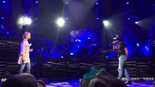 Tim McGraw and Faith Hill duet Nashville 8 / 15 / 15 (It's Your Love)