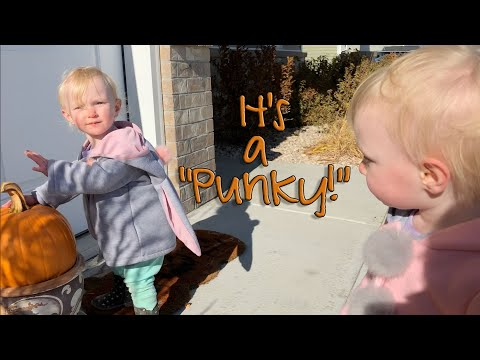 TWINS LEARN TO SAY