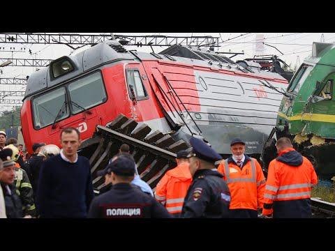 ВЫРВАЛИ РЕЛЬСЫ: Столкновение двух поездов Санкт-Петербург