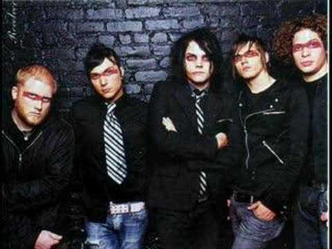 my chemical romance...bury me in black