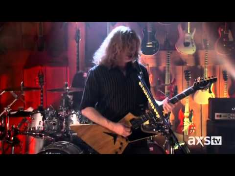 Megadeth - Whose Life [Is It Anyways] [Live At Guitar Center]