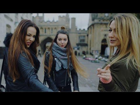 TOP GIRLS -