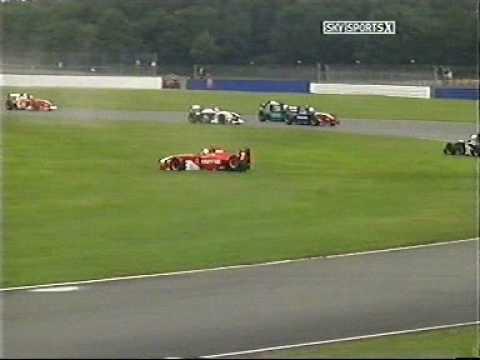 Joe Tandy hits Emilio de Villota Formula Palmer Audi at Silverstone 2005