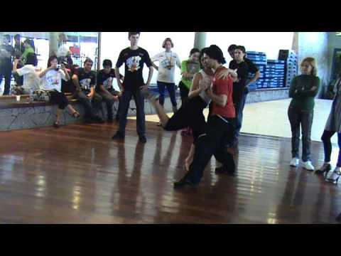 Tango improvisação - Baila Costão - Gabriel Ferrei...