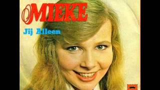 Mieke - m