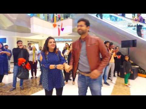 DLF Mall of India celebrates love