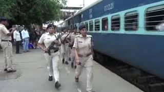 कुछ ऐसा  जिसे देख कर  भारतीय महिलाओं पर गर्व महसूस हो ROLE OF LADY STAFF IN RPF/RPSF