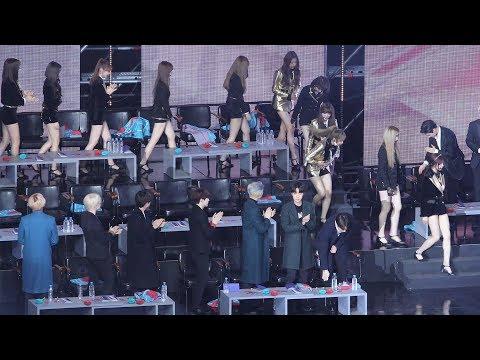 방탄소년단(BTS) - 아이즈원(IZONE) 신인상 수상 축하 (Reaction) 4K 직캠 by 비몽