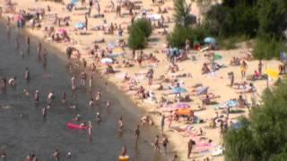 Куда делись люди с крымских пляжей? Видео ответ