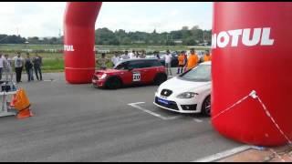 Mini Cooper S VS Leon Cupra