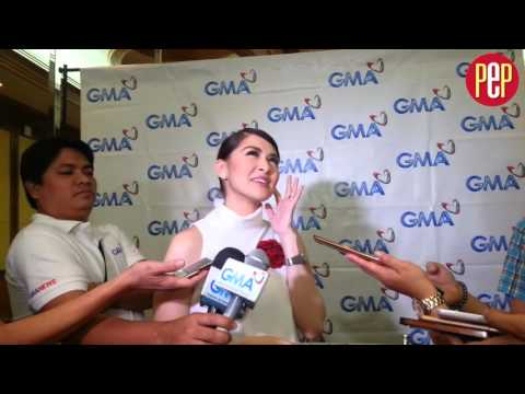 "When Marian Rivera received flowers from ""Purple"" - 동영상"