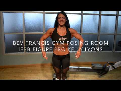 IFBB Figure Pro Kelly Lyons Practicing Posing