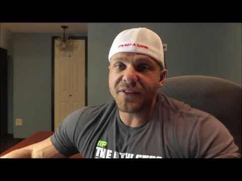 Why Don't Bodybuilders Eat Egg Yolks? | Tiger Fitness