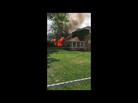 Fire guts North Riverside home