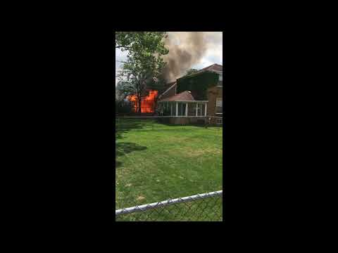 Fire guts North Riverside home