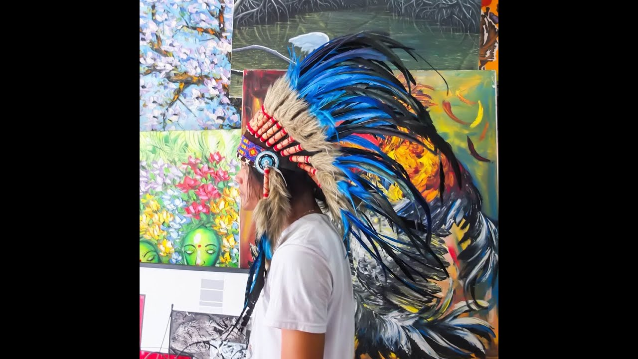 sc 1 st  YouTube & Indian Chief Hat You Will Love - Indian Headdress - YouTube