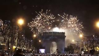 Feu d'Artifice du Nouvel An. Paris/France - 31 Décembre 2016