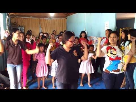 Share the love in El Shaddai Abigail Orphanage ( 09 Aug'13 )