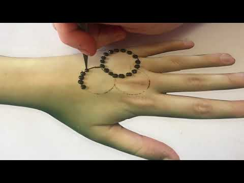 Easy Henna design with cotton bud that turn to an awesome and beautiful design
