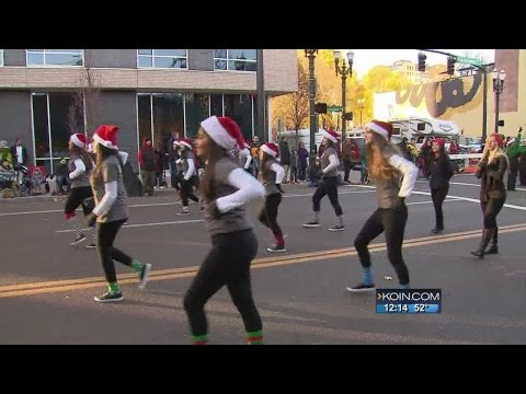Macy's Prepares for Thanksgiving Parade
