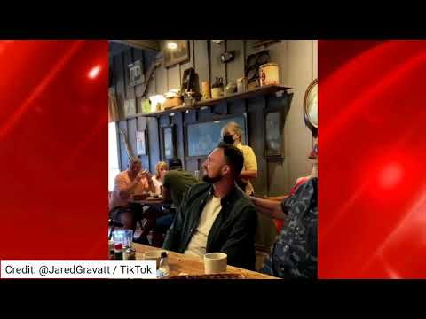 Marion-IL-Cracker-Barrel-waitresss-rendition-of-Happy-Birthday-goes-viral