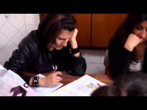 Иностранки Учат Армянский Язык