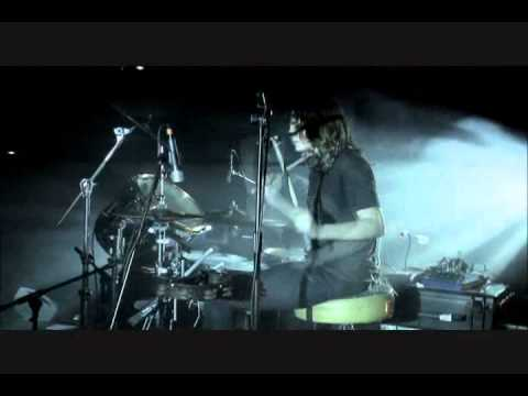 Black Rebel Motorcycle Club - Shuffle Your Feet (Live from London dvd)