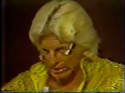 Chick Donovan Joins First Family (6-27-81) Worst Acting Performance - Classic Memphis Wrestling