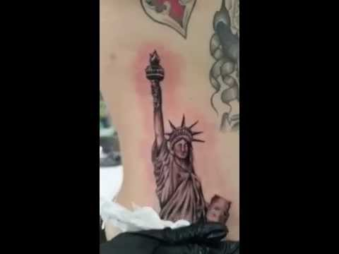 Tattoo Estatua De La Libertad Realismo Youtube