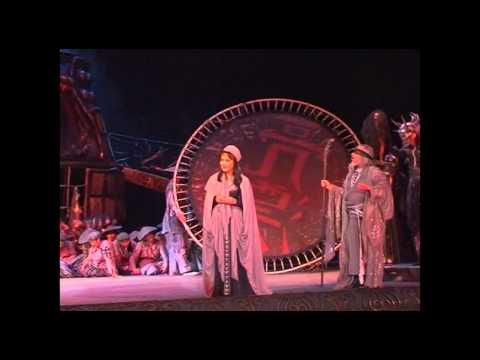 Песня Ария Виолетты из оперы Травиата - Верди - Бибигуль Тулегенова скачать mp3 и слушать онлайн
