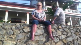 Hols Vlog Part 43 - Jill waiting for the Pigs!
