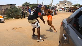 Akuapem Polo Goes Crazy With  Bukom Banku In A Romantic Mood On The Street.