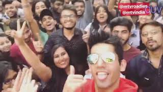 Divya Agarwal And Varun Sood Pune Live