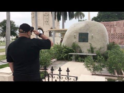 Kcho vuelve a la piedra de Fidel Castro