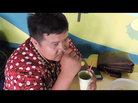 Indonesia Tegal Street Food : Minum Es Duren Sampai Mendem, Duren Kota Tegal//876//Seri II
