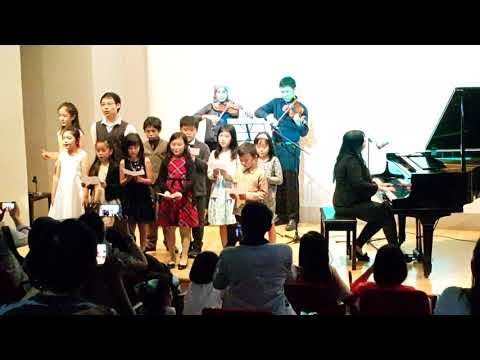 Concert @ Jakarta Design Center - Mom written by Steffiyani Januar
