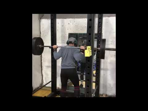 PAUSE SQUATS 140kg (308.7) 7*4 5th Set + PAUSE DEADS 115kg (253lbs) 55% Training Weight @77kg B/W
