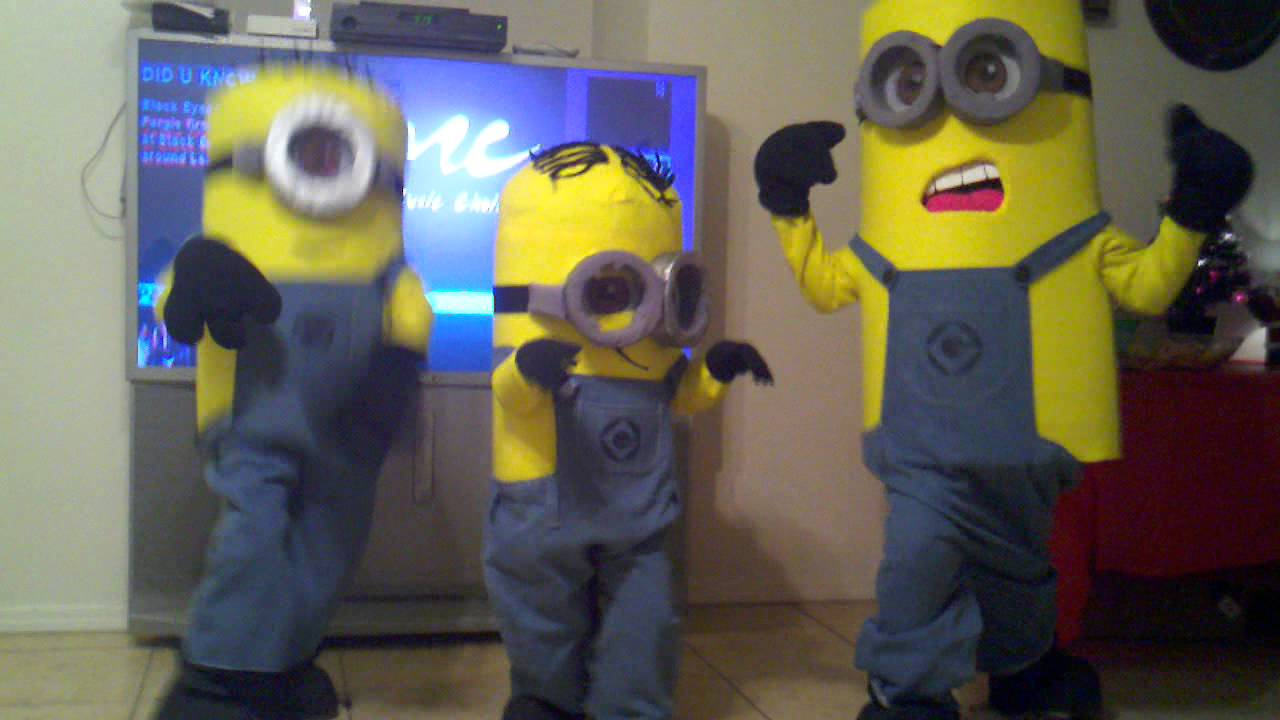 & Dispicable Me: Homemade Minions costumes 2012 Getting down!! - YouTube