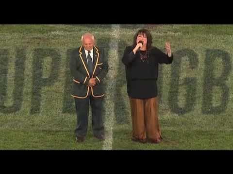 Laurika Rauch sing vir Mannetjies Roux