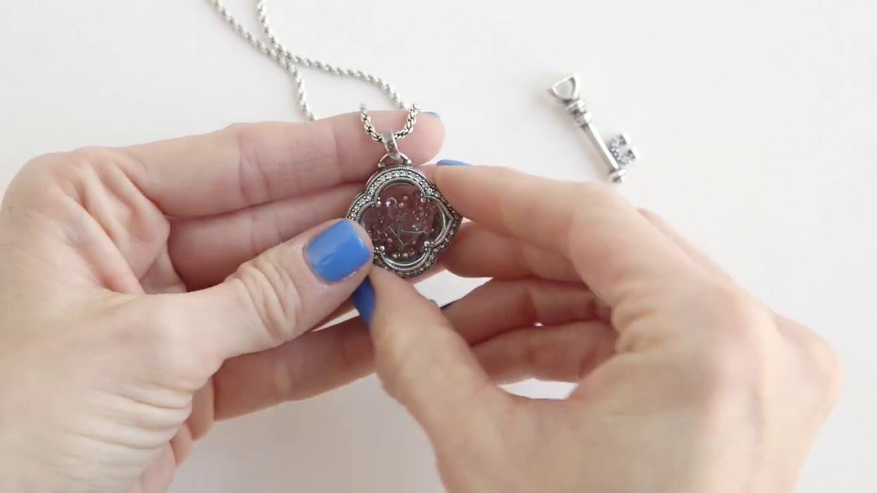 Origami Owl Memorial Lockets. Keep the memory of your loved one ... | 720x1280
