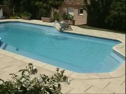 Piscine provence polyester mega pool prestige youtube for Piscine provence polyester